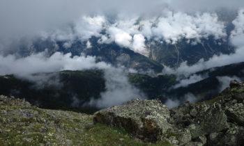 Blick auf der Gipfeltour von der Skihütte Zams zum Kreuzjoch