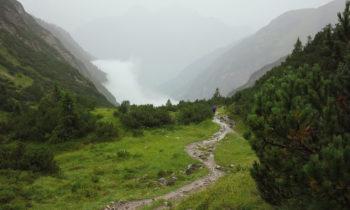 Alpenüberquerung: Vom Mädelejoch zur Roßgumpenalm