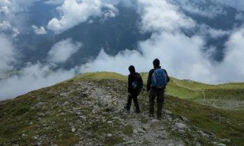 Alpenüberquerung: Auf der Gipfeltour von der Skihütte Zams zum Kreuzjoch
