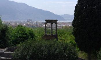 Blick auf den Hafen von Pompeji