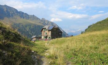 Hochweißsteinhaus auf dem Karnischen Höhenweg