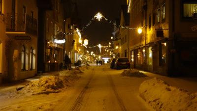 Garmisch-Partenkirchen an einem Winterabend