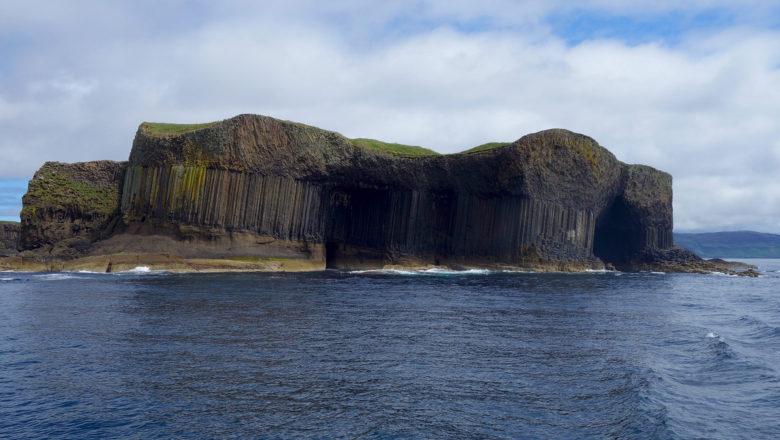 Die Insel Staffa gehört zu den Inneren Hebriden