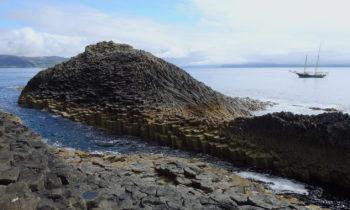 Charakteristische Felsen auf Staffa