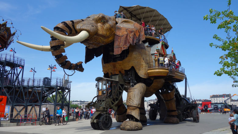 Elefant bei Les Machines de l'île in Nantes