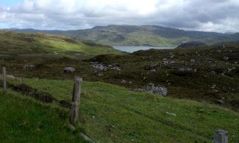 Bergsee in den schottischen Highlands