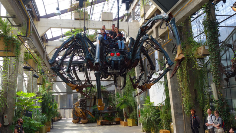 Fliegende, mechanische Riesenspinne bei Les Machines de l'île