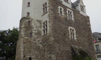 Teil der alten Stadtmauer von Nantes