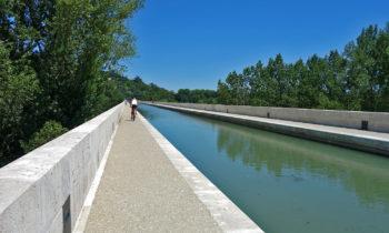 Am Kanal über die Garonne: Brücke Pont-Canal in Agen
