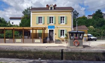Schleusenstation am Canal des Deux Mers