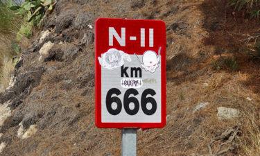 Kilometer 666 nahe Calella \m/
