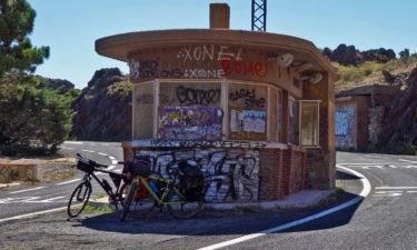 No borders! Ehemalige Grenzstation zwischen Frankreich und Spanien in den Pyrenäen
