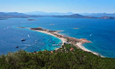 Hafen und Bucht von Tavolara