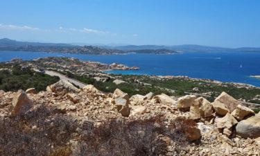 Radtour auf der Isola Maddalena vor Sardinien