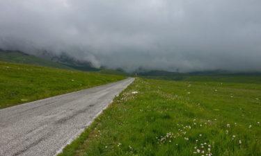 Straße nach Campo Imperatore in den Abruzzen