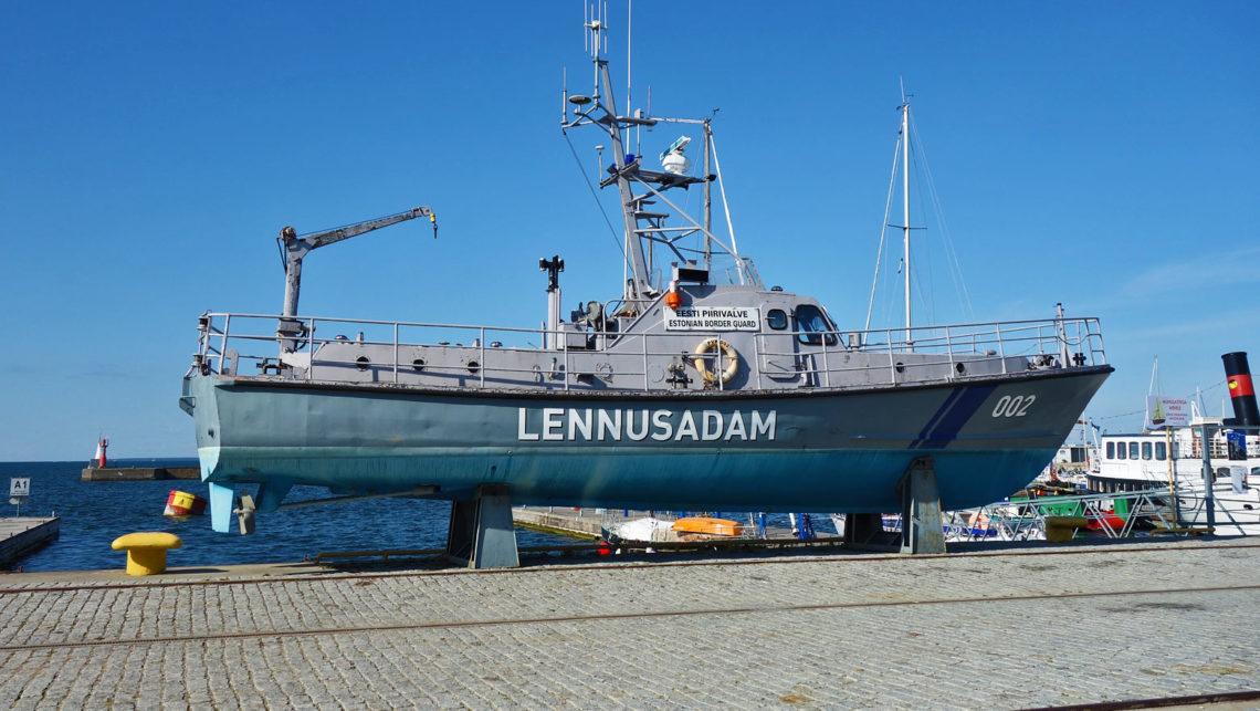 Boot der Küstenwache im Meeresmuseum in Tallinn