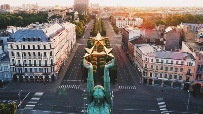 Freiheitsdenkmal in Riga | Photo by Ivars Utināns on Unsplash
